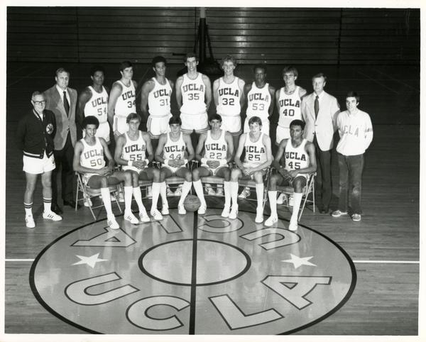 Team portrait on court, 1975