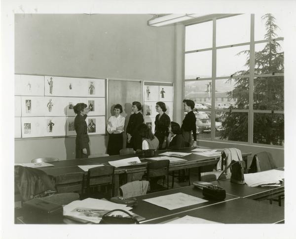 Art class critique, 1952