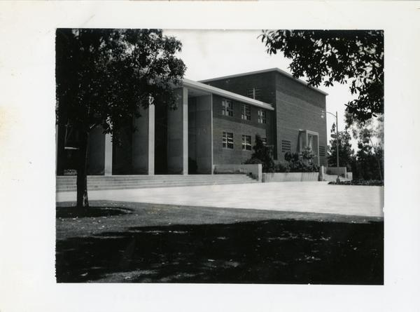 Courtyard in front of the Chemistry Building
