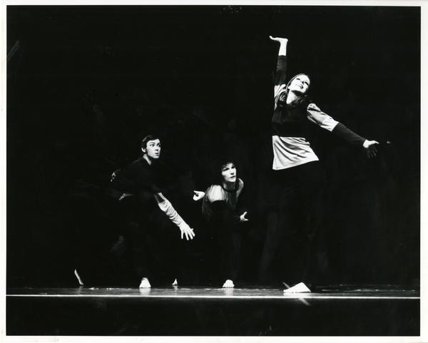 UCLA dancers performing in Posin Variations, 1972