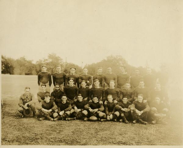 Group portrait of Coach Spaulding with UCLA football team, ca. 1920s