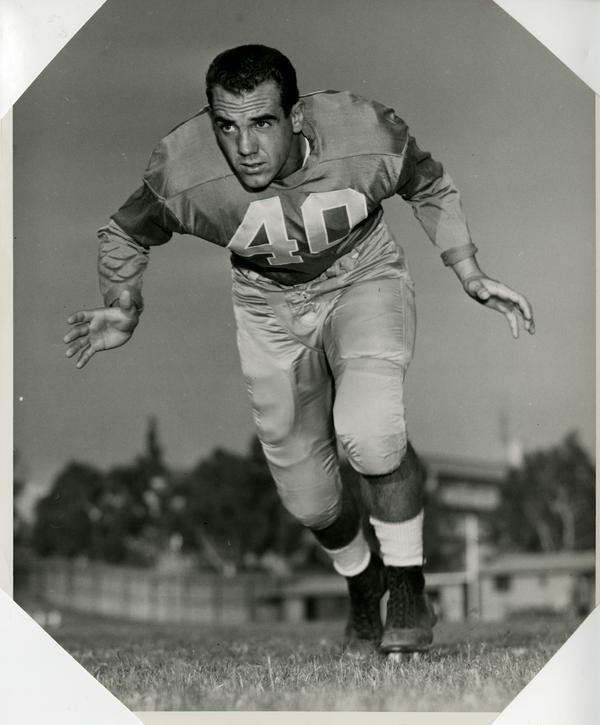 UCLA blocking back Terry Debay, 1953