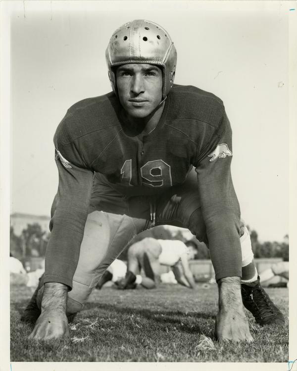 UCLA football pkayer Jack Lescoulie, 1942
