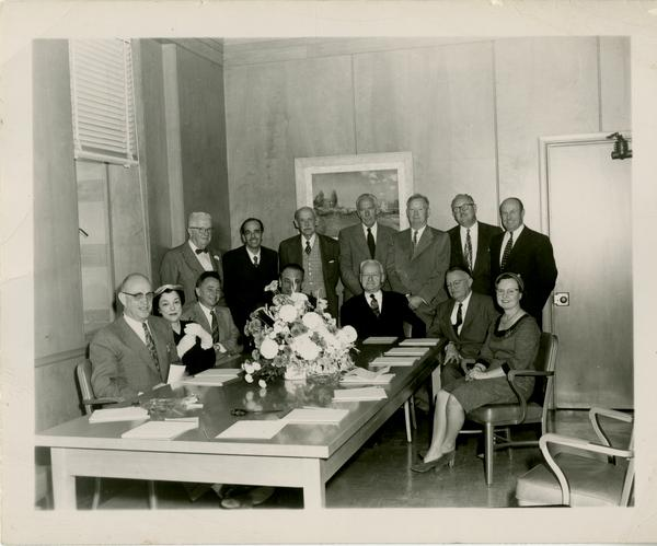 Group portrait of the Friends of the library, ca. 1941