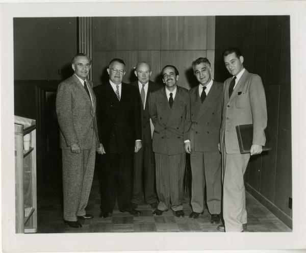 Group portrait of Friends of the UCLA Library officers, ca. 1951-1955