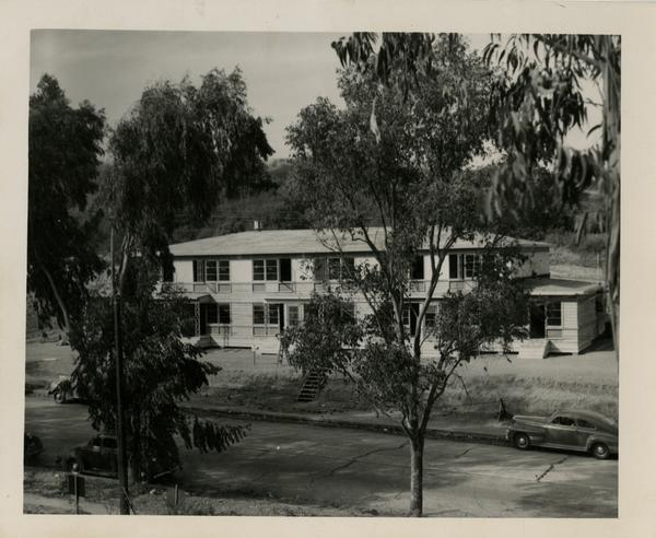 Gayleyville building, Veterans' housing, September 1946