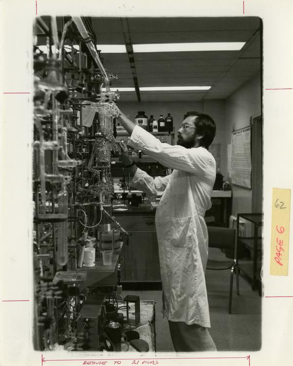 Worker in the Geophysics department laboratory