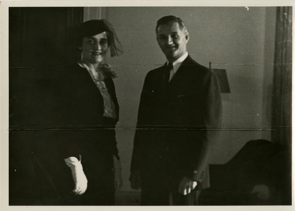 President Eliz Lloyd and Speaker Dr. Gordon S. Watkins at the Gold Shield Alumnae of UCLA event, November, 1937