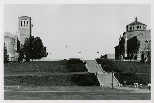 View of Janss Steps, Royce Hall, and Powell Library, 1943