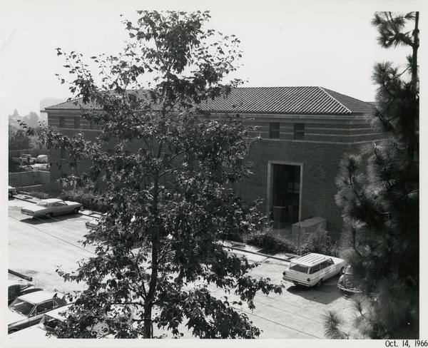 Law School building during construction, October 14, 1966