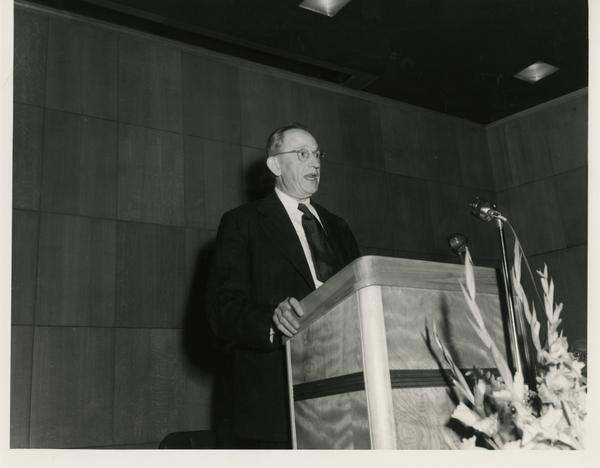 Man speaking at Library Special Collections dedication, July 28, 1950