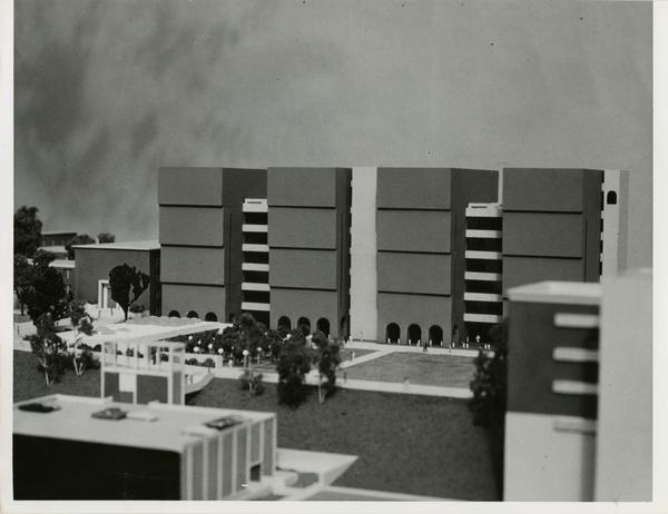 Model of the exterior of the Life Sciences building with surrounding courtyard