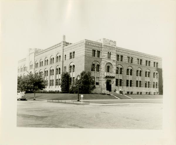 View of North Wing of Kinsey Hall, ca. 1942