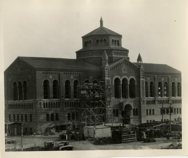 Powell Library during construction, August 1, 1928