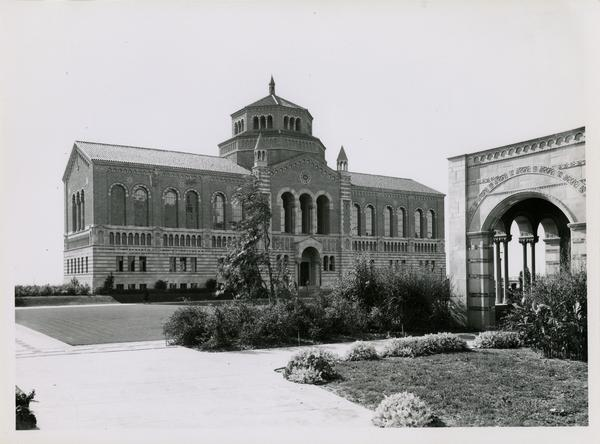 View of Powell Library with edge of Royce Hall on right