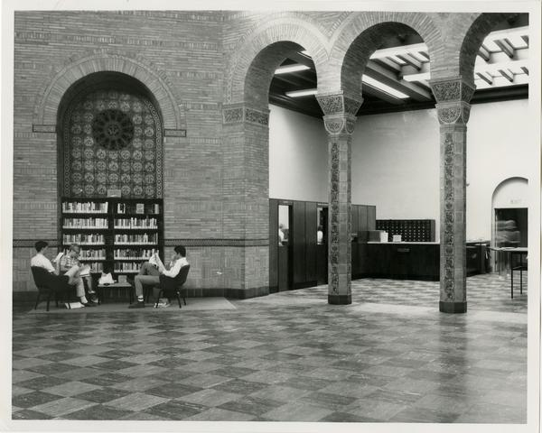 Students reading in Powell Library