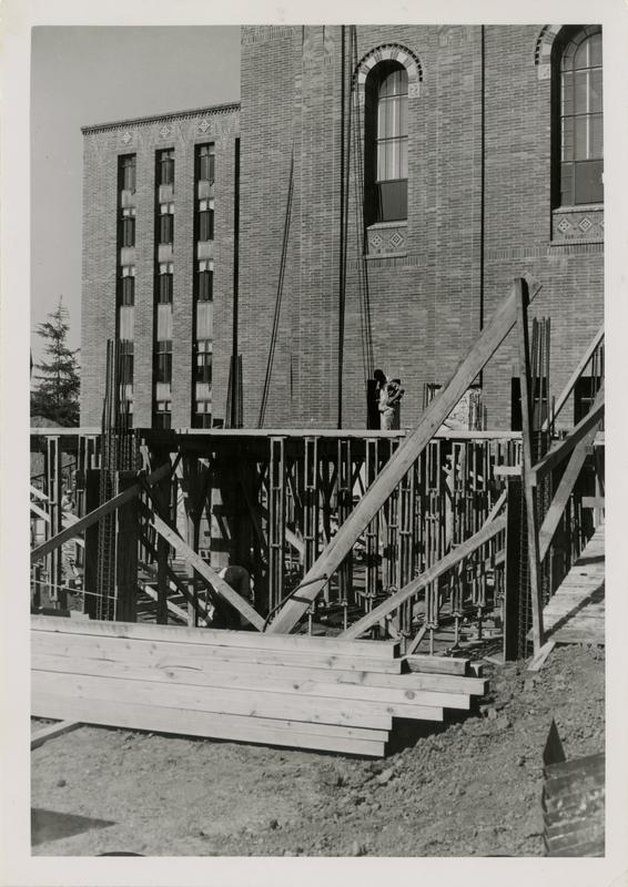 Construction of the foundation for the Powell Library extension stacks