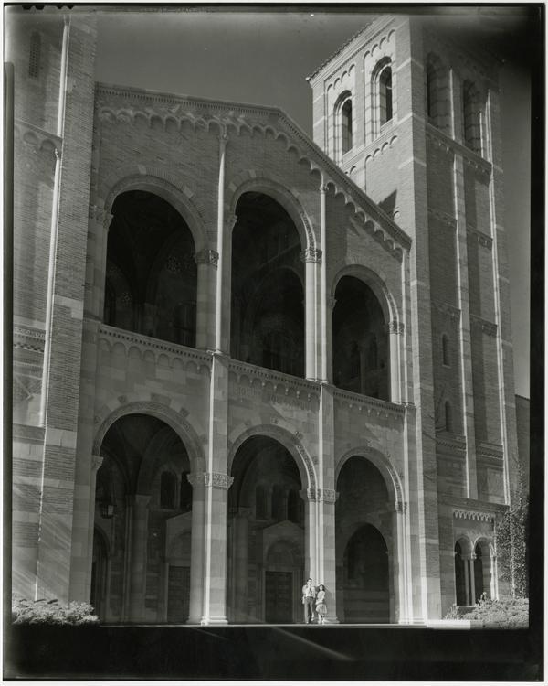 Photo of Benjamin Gredblatt Lewis and Rosalee Diane Trope standing outside of Royce Hall, ca. 1940's