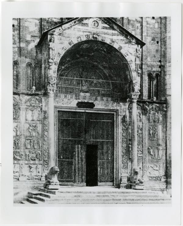 San Zeno church, model for Powell Library entrance