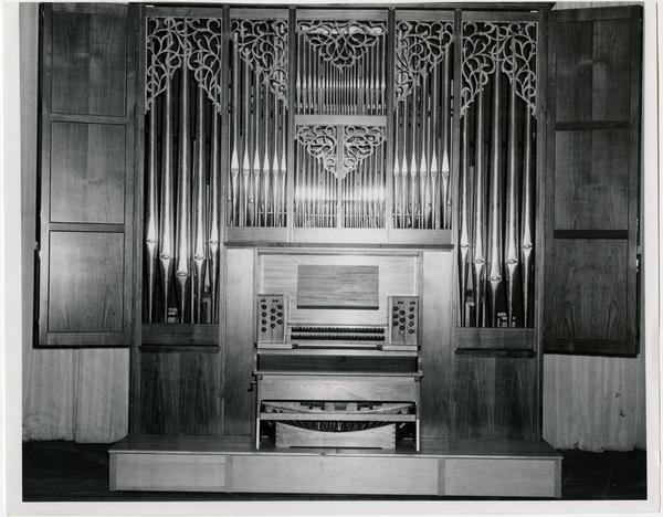 Hradetzky organ in Schoenberg Hall, ca. 1968
