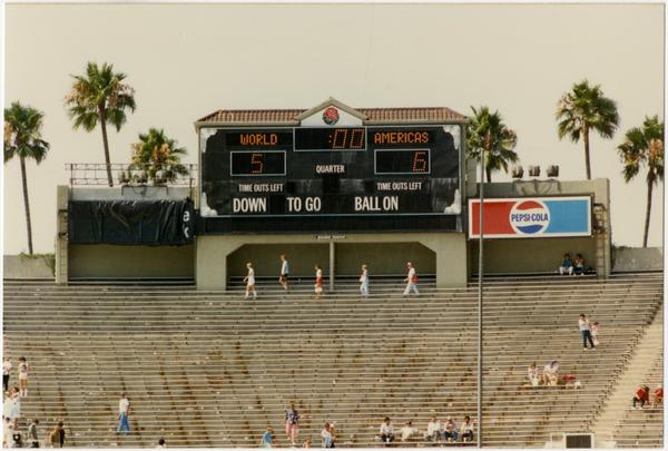 Scoreboard at 1986 FIFA World Cup All-Star Game, July 1986