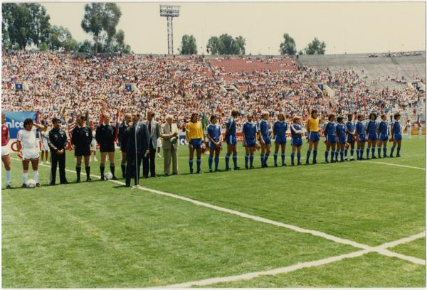 Teams line up at 1986 FIFA World Cup All-Star Game , July 1986