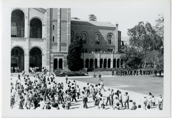 Police marching toward student protesters on Royce Hall quad, May 16, 1969