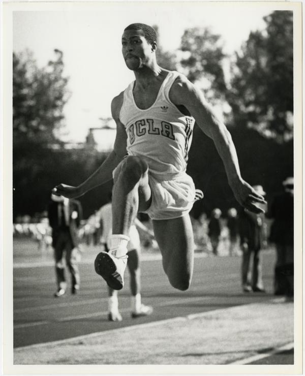 Dwayne Washington long jumping