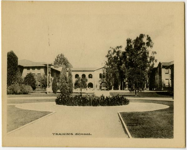 Exterior view of Kindergarten Training School, Vermont Avenue campus