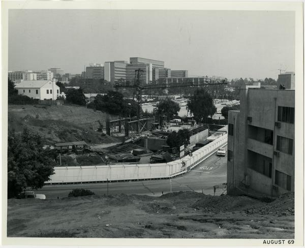 University Extension building during construction, ca. August 1969