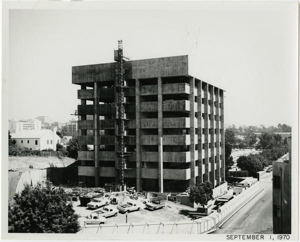 University Extension building during construction, September 1, 1970