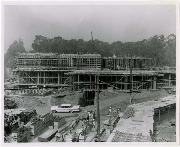 Construction workers at work on the building of the University Research Library