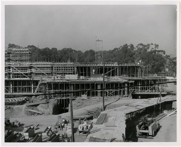 View of the construction of the University Research Library