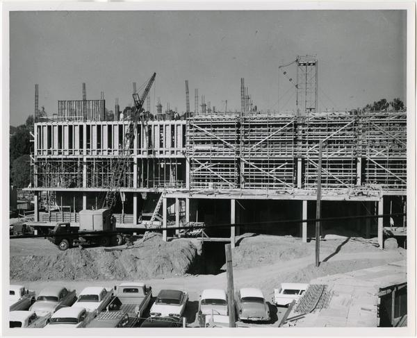 Frontal view of the construction of the University Research Library, December 1962