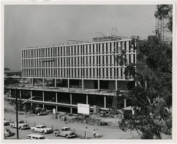 Rear side view of the construction of the University Research Library
