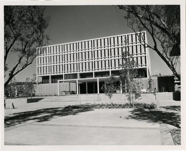 Front exterior view of the University Research Library once it was completed