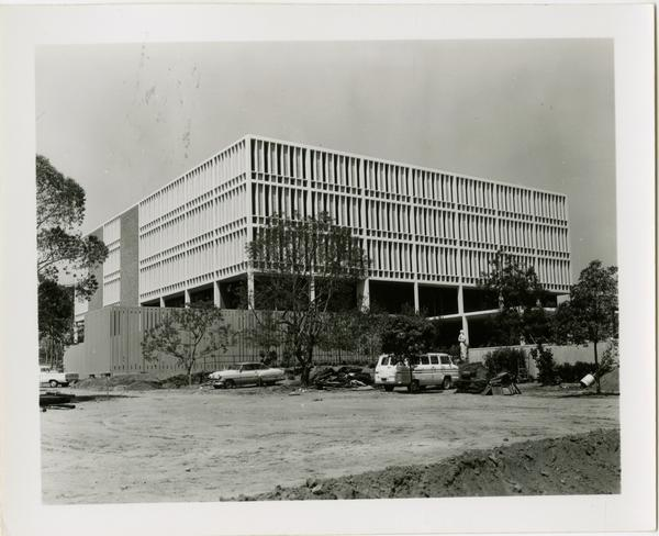 Exterior of the finished University Research Library