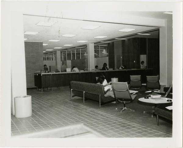 Students in the study lounge in the University Research Library