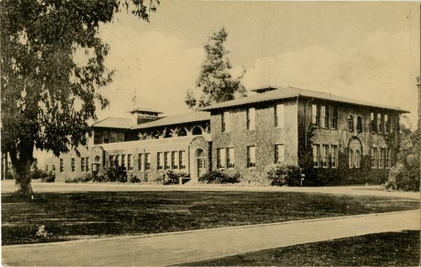 Postcard depicting Science Hall on Vermont Ave campus