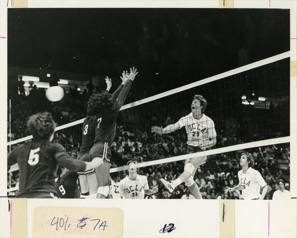 UCLA Volleyball player, Steve Salmons, during match