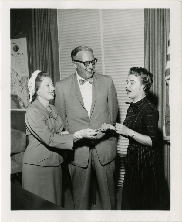 Women for America Essay contest, ca. 1958