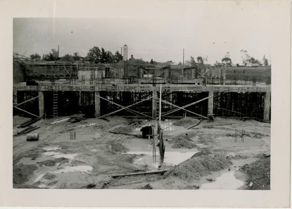 Looking east at UCLA Medical Center during construction, March 16, 1952