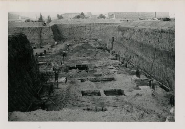 Looking north from southeast corner at UCLA Medical Center during construction,December 25, 1951