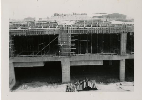 Looking south at UCLA Medical Center during construction, May 24, 1952