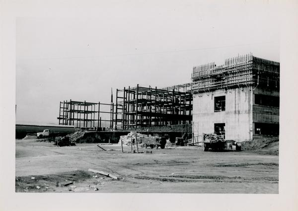 Looking west from southeast corner at UCLA Medical Center during construction, November 30, 1952