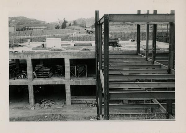 Looking north at UCLA Medical Center during construction, May 31, 1952