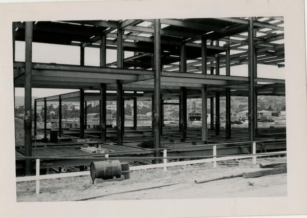 Looking northwest at UCLA Medical Center during construction, May 31, 1952