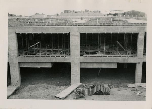 Looking south at UCLA Medical Center during construction, May 31, 1952