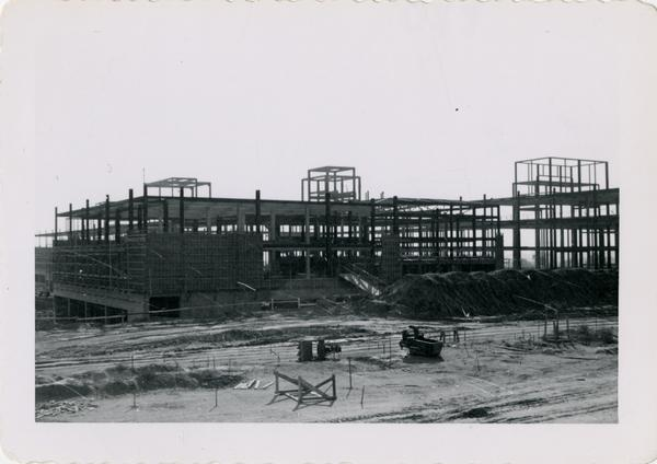 Looking south at UCLA Medical Center during construction, November 8, 1952