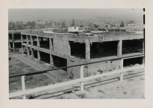 Looking northwest at UCLA Medical Center during construction, May 4, 1952